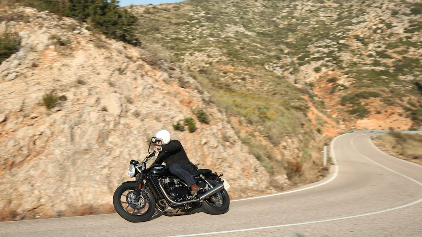 Triumph Street Twin Review Superbike Magazine