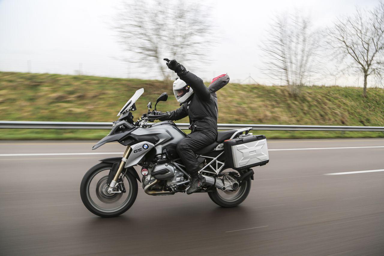 Class Hero 2015 Bmw R1200 Rs First Ride Superbike Magazine