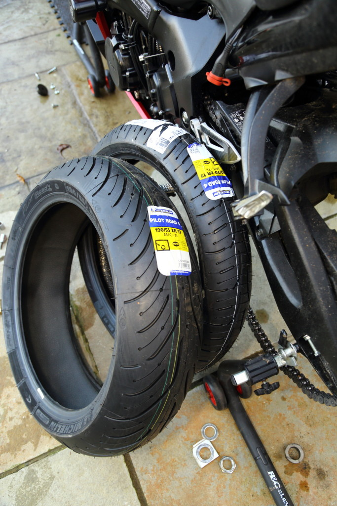 Michelin PR4s for the GSX-S1000 F