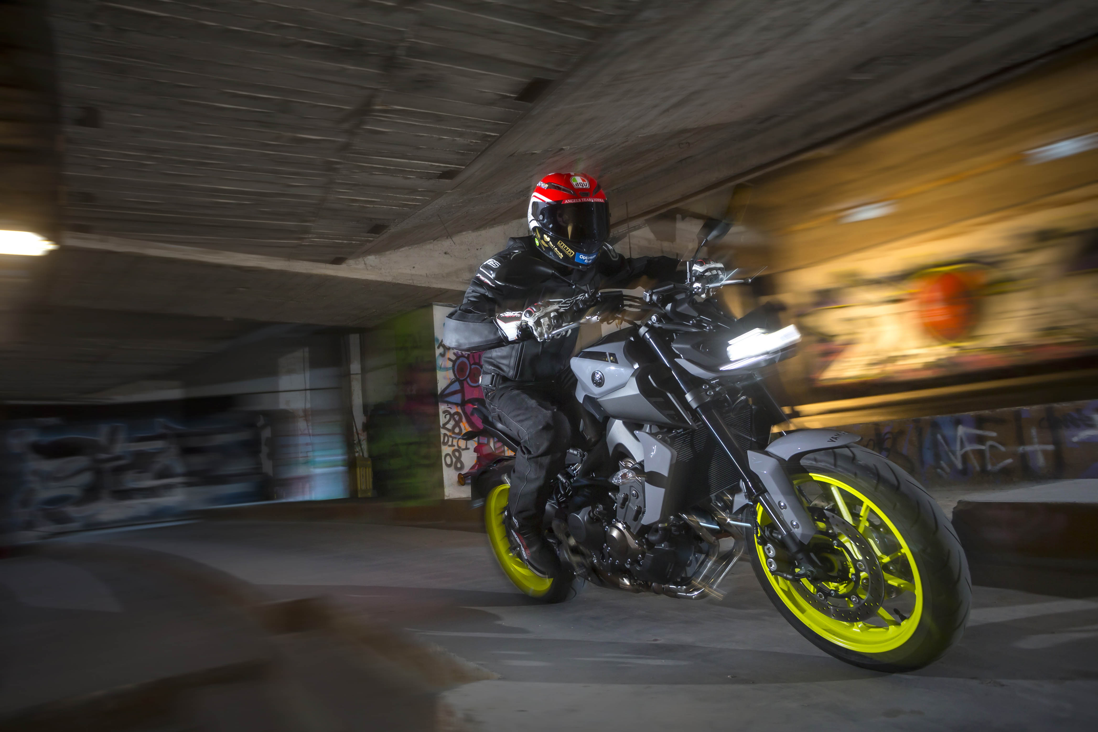 yamaha_mt09_2016_mall_1302