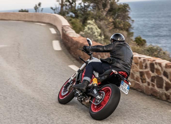 Ducati Monster 797 (1 of 1)-3