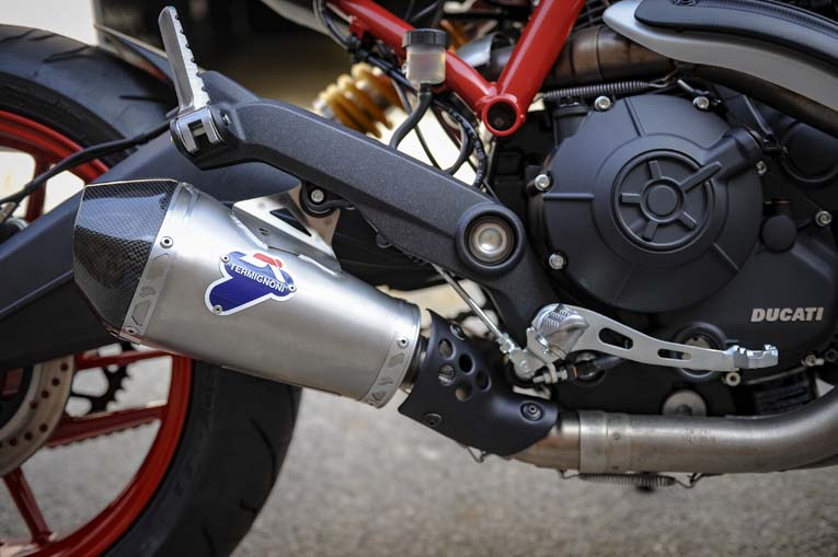 Ducati Monster Straight Pipe